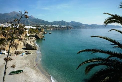 filename-nerja-beach