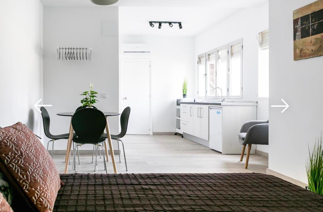 Deseas invertir en una de las zonas con más crecimiento de Málaga? 2 pisos en 1 en el Soho.